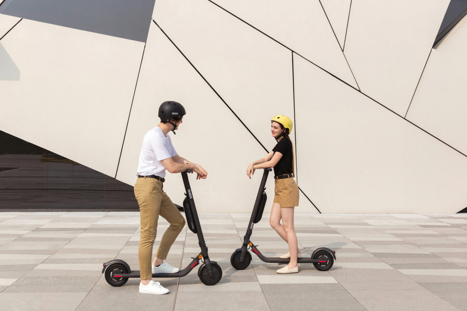 [hero] Ninebot KickScooter E45E Powered by Segway
