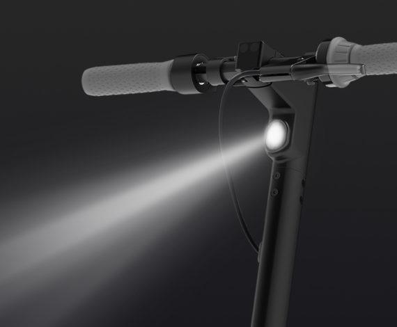 2.5W Built-In Front LED Light