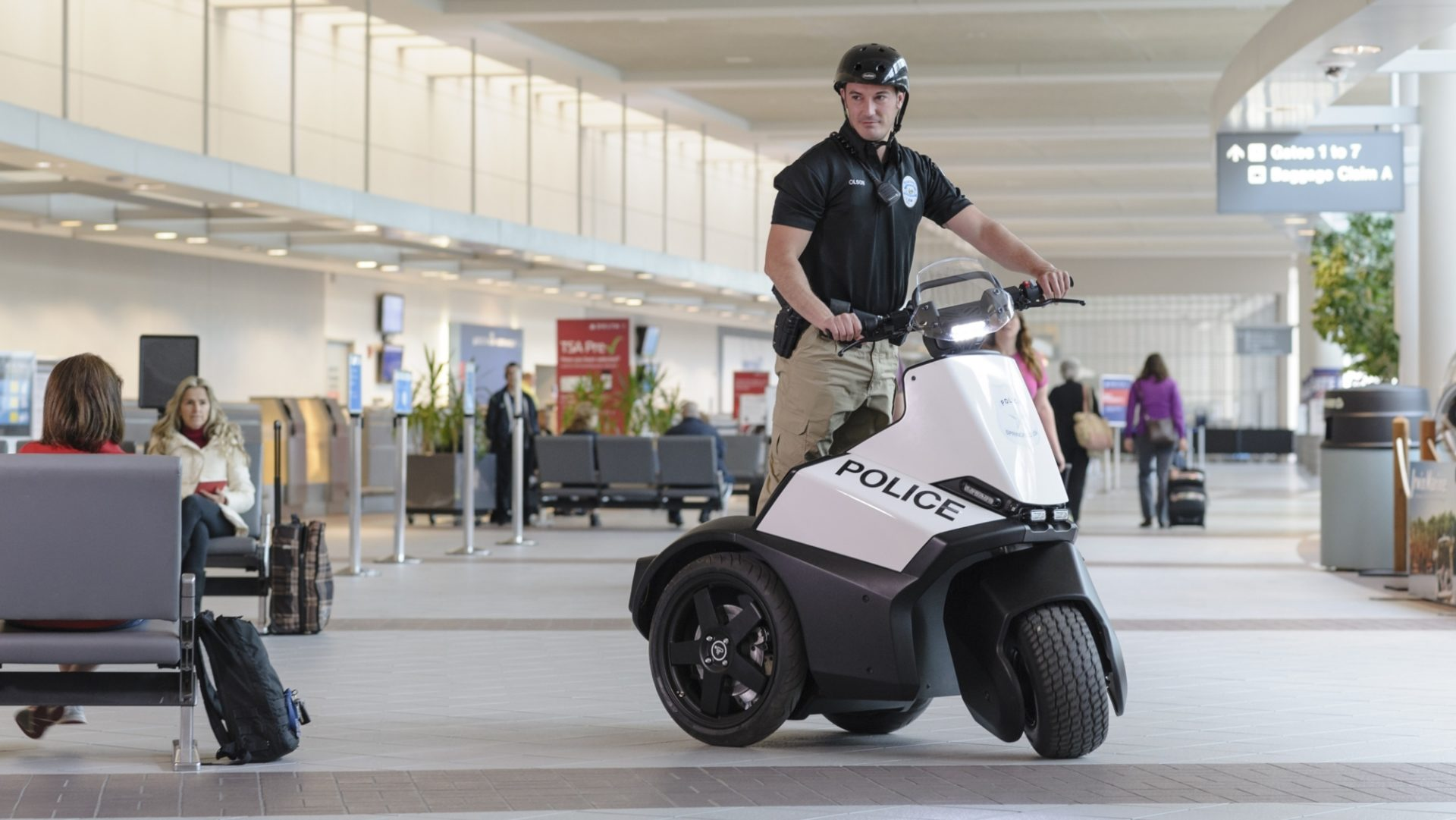 [hero] Segway SE-3 Patroller