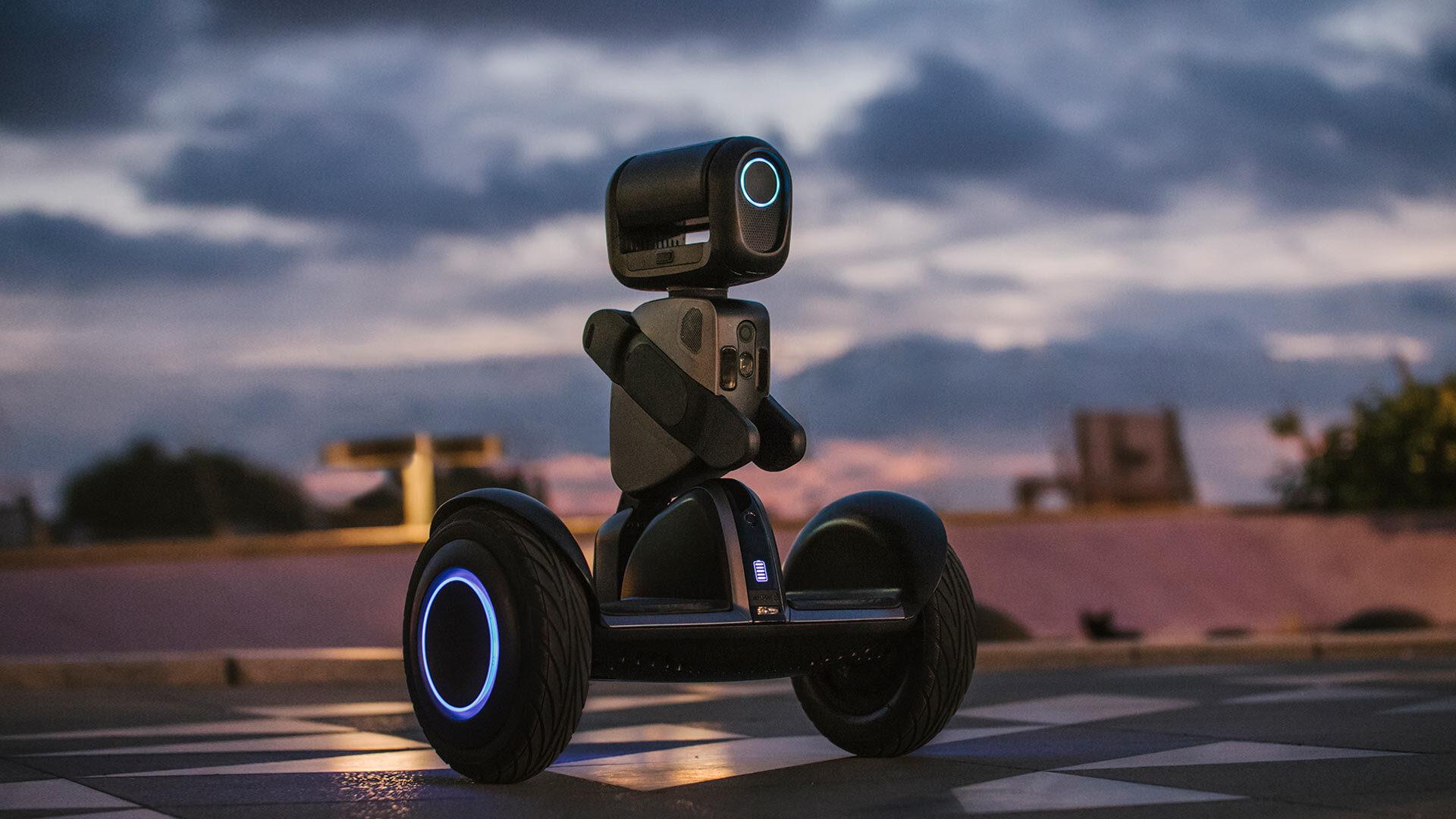 [hero] Segway Loomo Robot